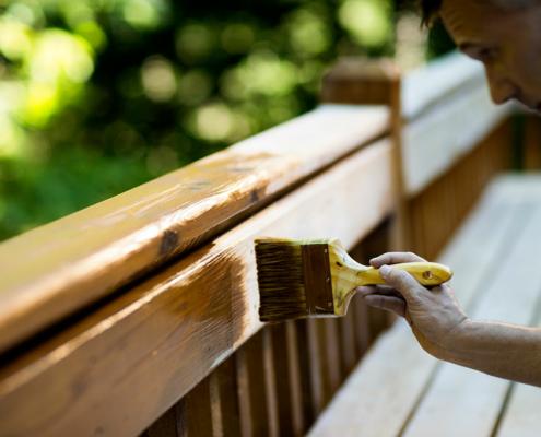 Natürliche Holzlasuren & Holzschutz von Natural Naturfarben aus Österreich